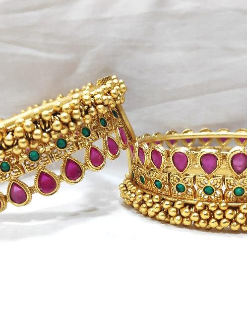 Brass High Gold Rajwadi Rani Kangan Bangle D143N125