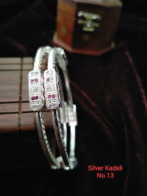 Silver Plated Beautiful Bangel Oxidized Dn07