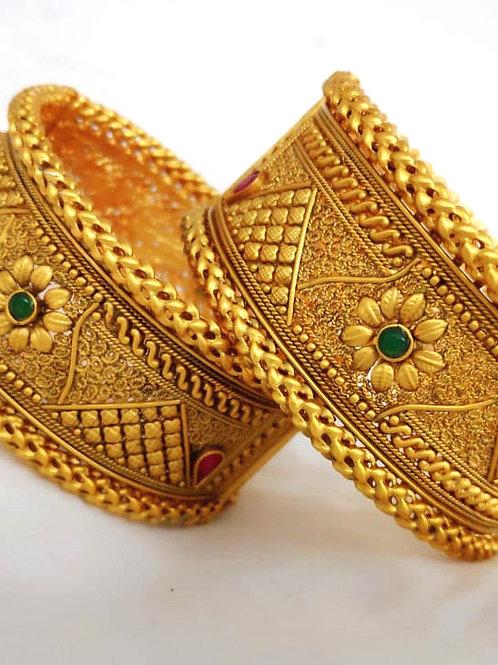 Brass Kangan High Gold Bangle D10N68