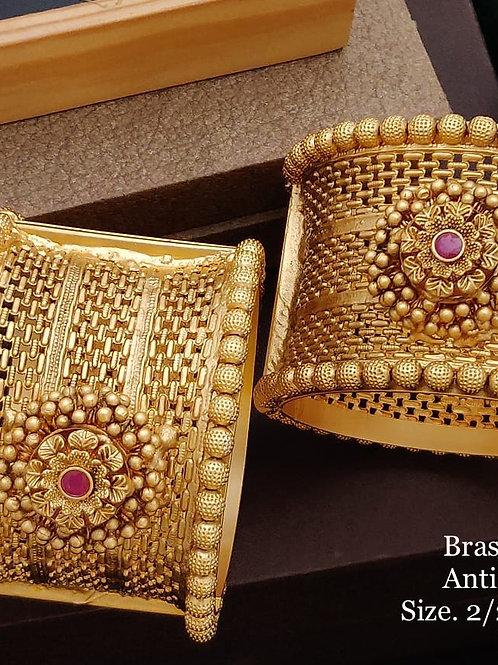 Brass High Gold Antique Bengles Jali No 150