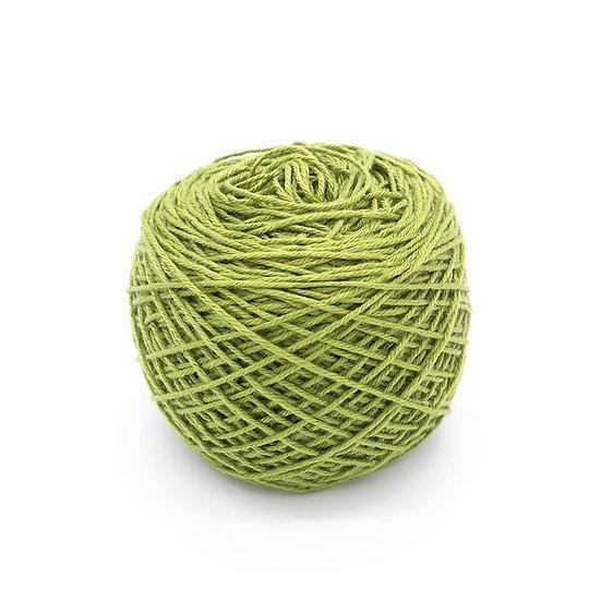 ไหมพรมอินโดซิลค์ No.15 สีเขียวลูกแพร์