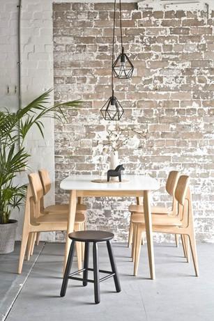 aurelie tamin stylist - LOUNGE LOVERS furniture