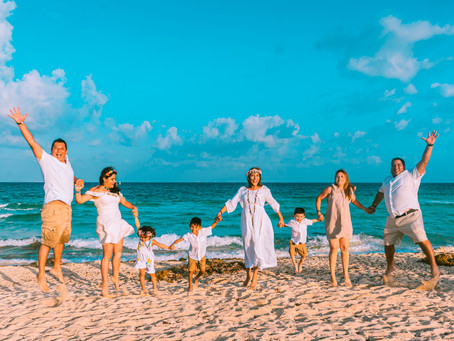 8 Tips to get Amazing Family Portraits in Playa del Carmen