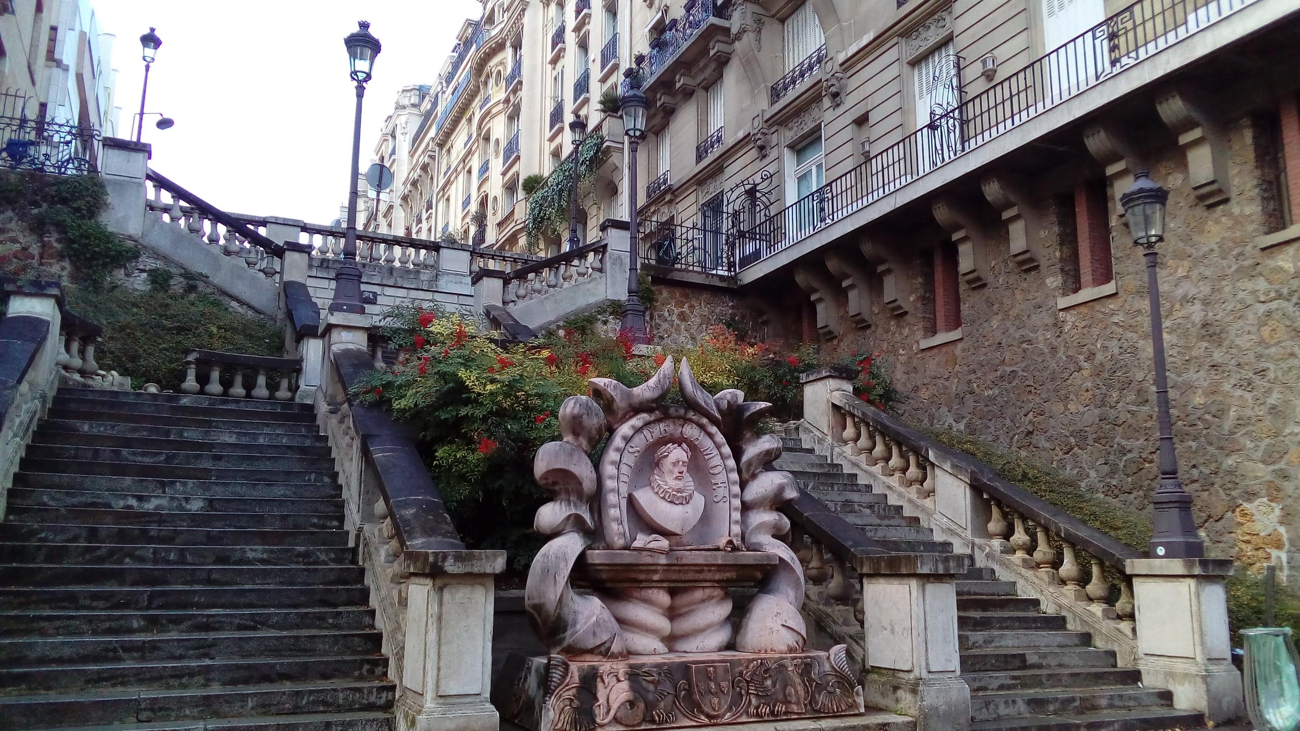 Stairs Paris 16