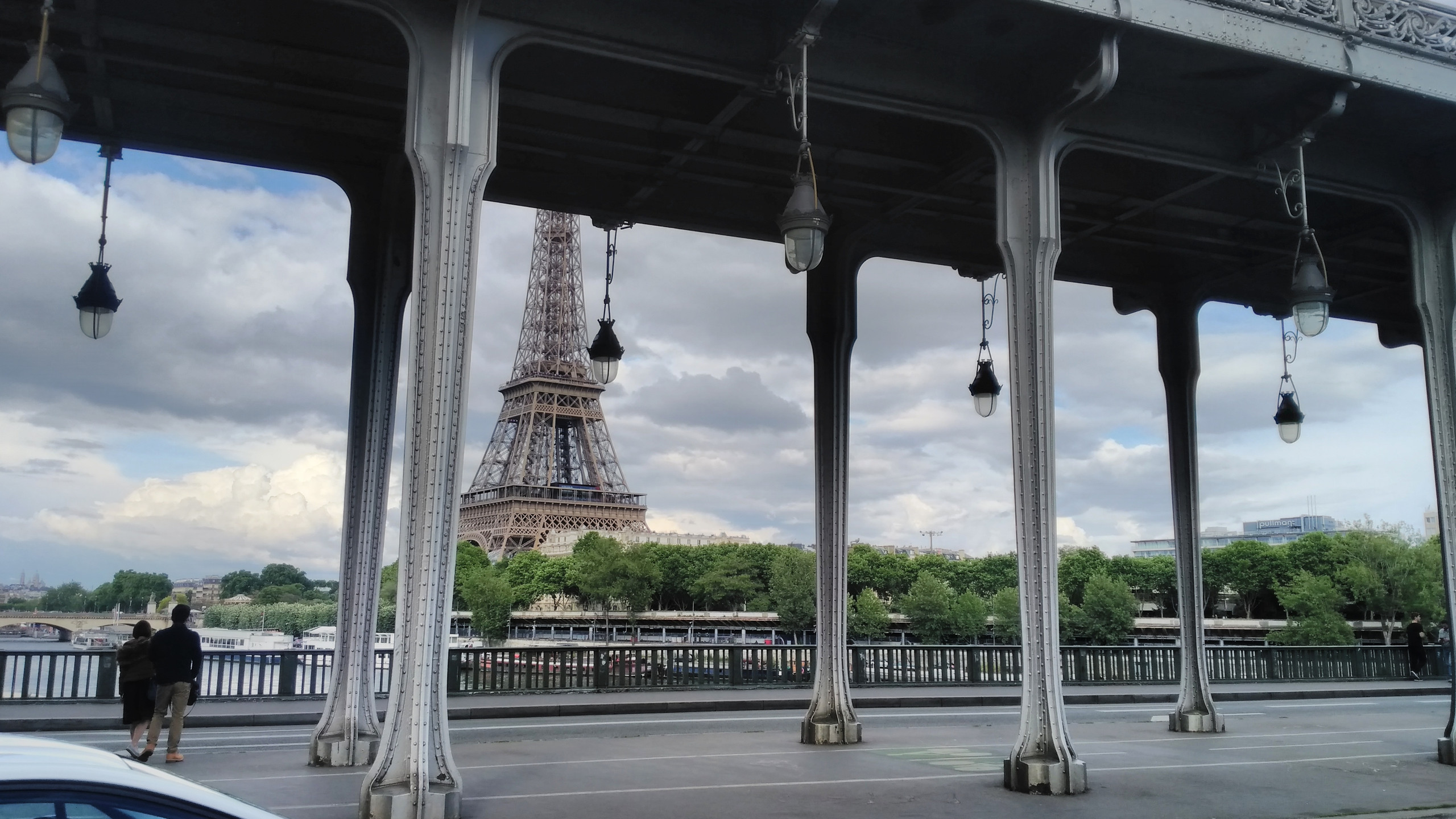 Eiffel Tower-Pont de Bir Hakheim