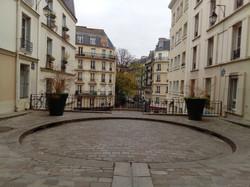 Hidden Plaza