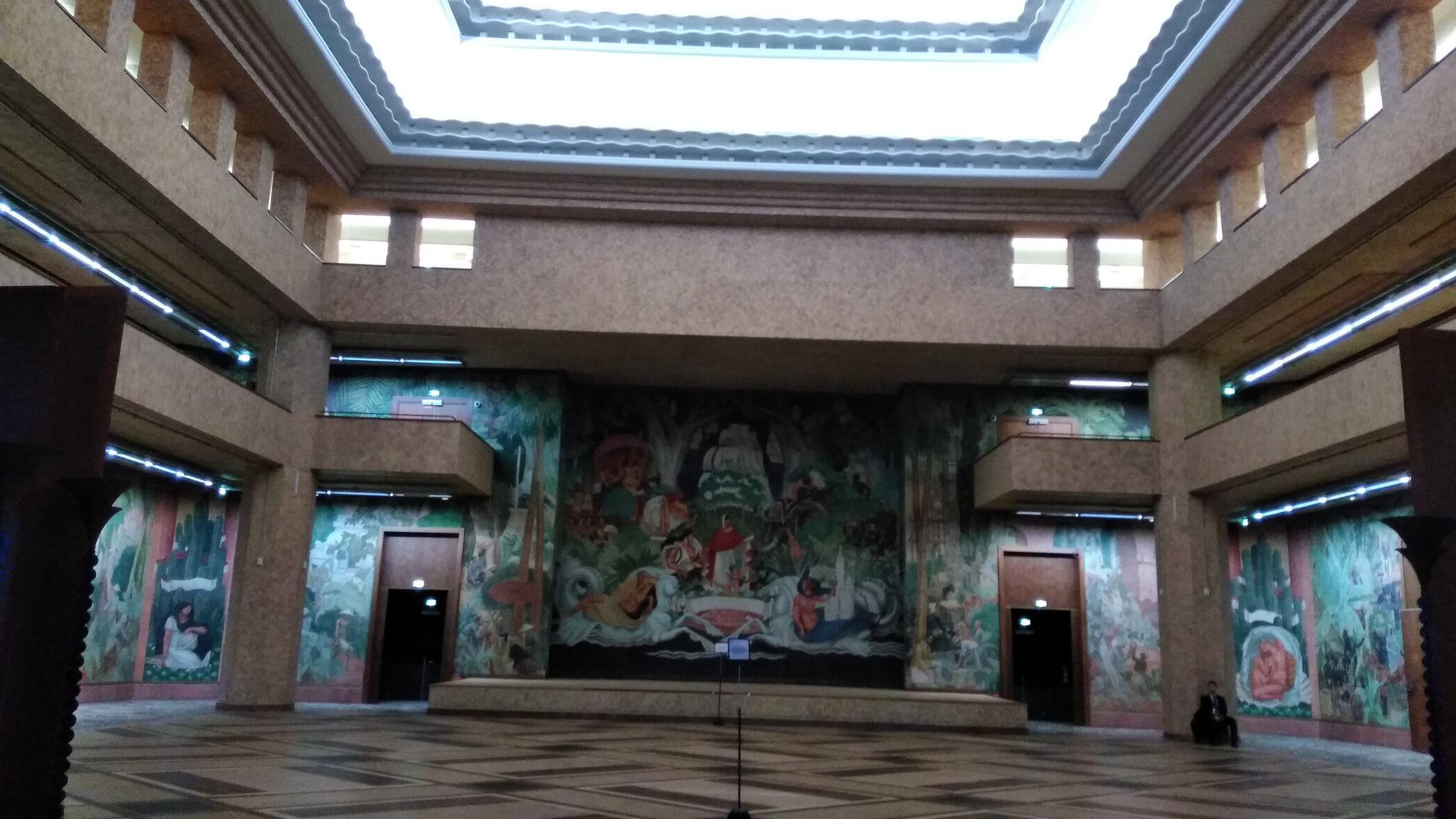 Palais de la Porte Dorée - Interior