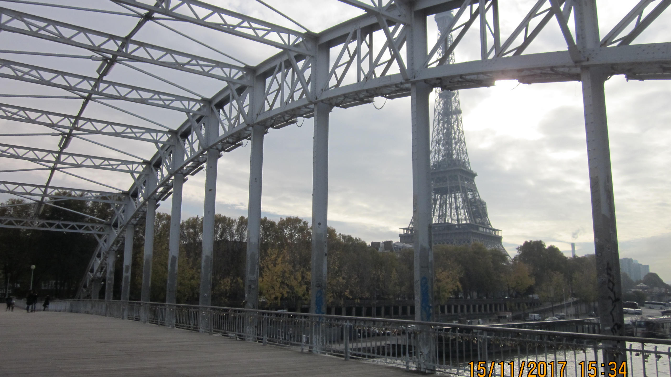 View of the Eiffel Tower from Passerelle Débilly