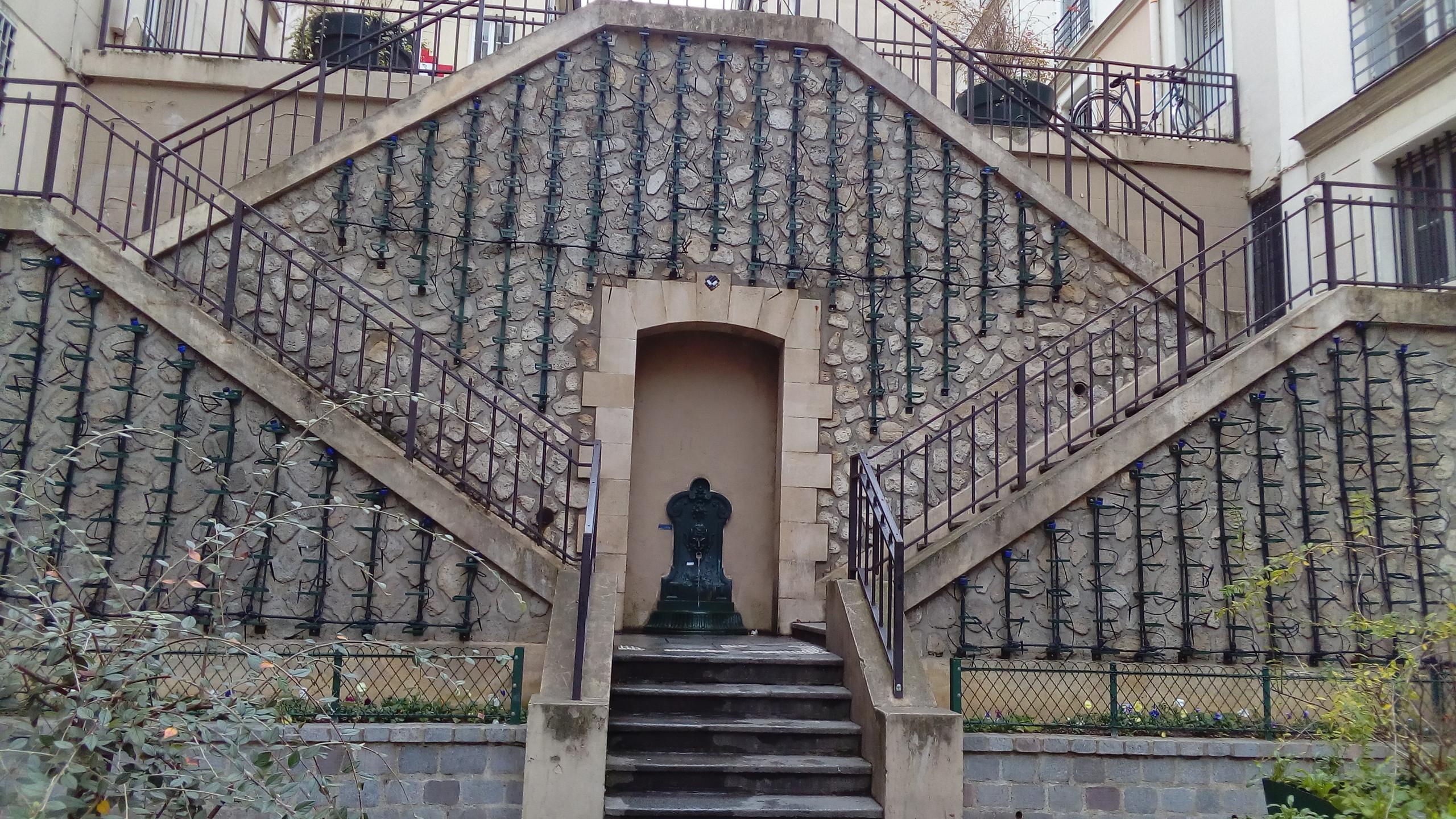 Latin Quarter - Green Wall