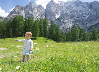 Exploring Abroad Series: Wiking Slovenia and Croatia with Toddler