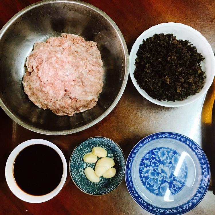 陳年鹹菜乾肉丸,開箱