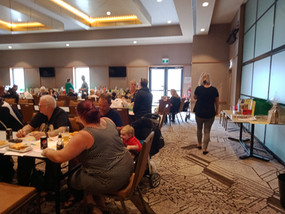 Great attendance at the cent auction!.jp