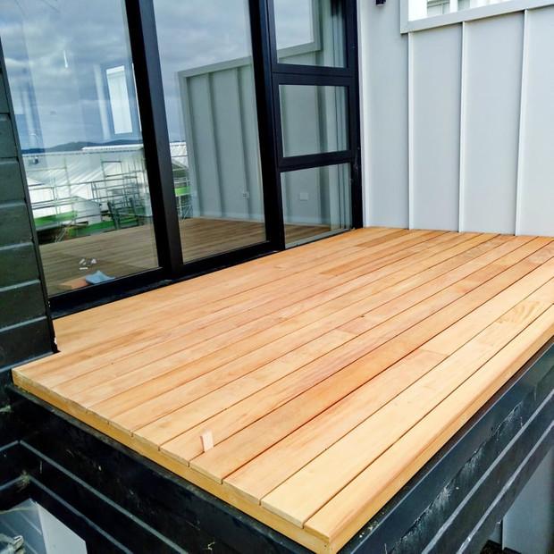 Hardwood Deck Build