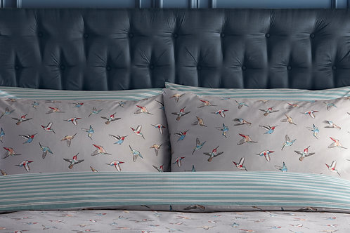 Hummingbird Pillowcase Pair