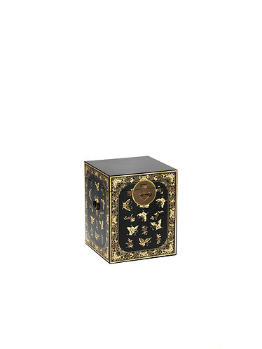 40291 - The Nine Schools Oriental Decorated Black Trunk