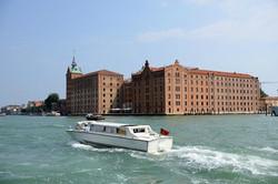 Venezia Canale della Giudecca