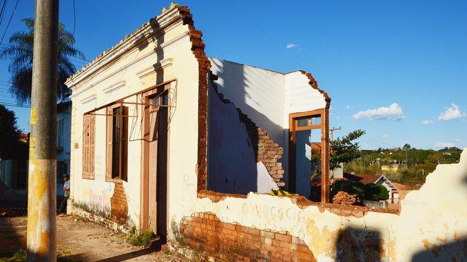 A demolição de casarões e o tombamento de cidades históricas: E o futuro?