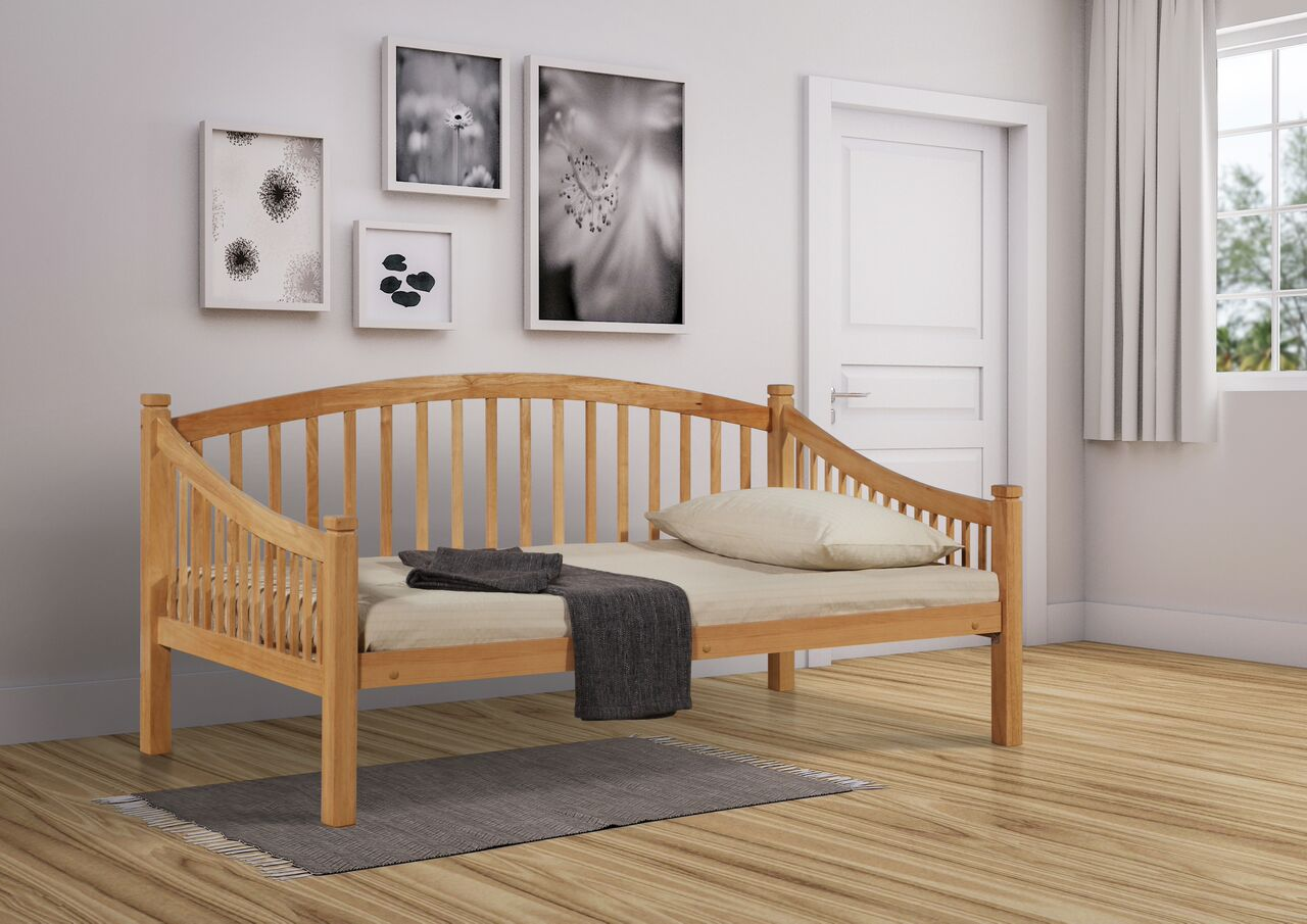 Carla day bed beech