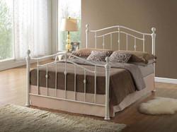 Elizabeth-Creme-Bed
