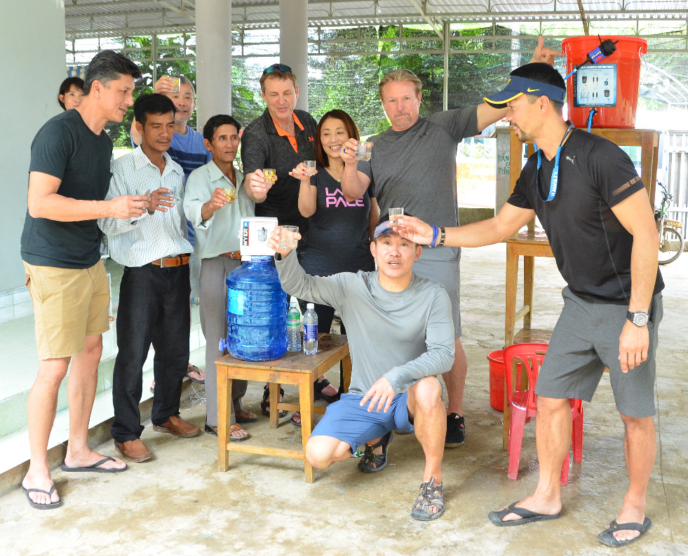 DSC_8550 Team in Nha Trang_edited
