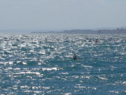 Marbella_Surfski_Ngn_på_havet_P1050992