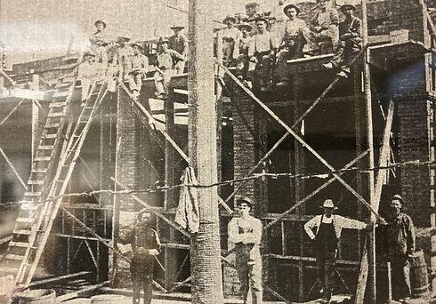 Crews working on Ninth St Bldg Sioux Falls