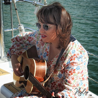 Hayley Boat Shoot (25).jpg