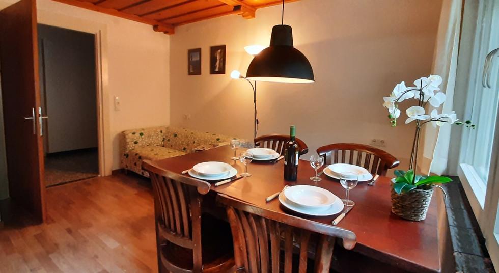 1. Wohnzimmer 1.jpg
