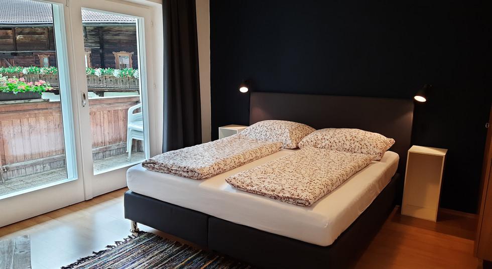 13. Schlafzimmer 3.jpg