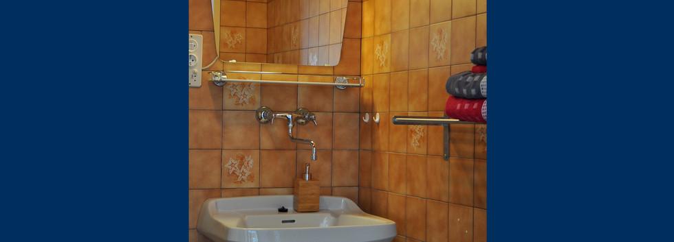 5. Badezimmer