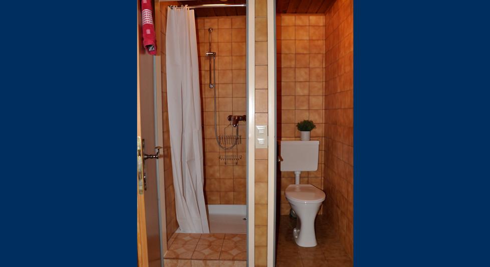 6. Badezimmer