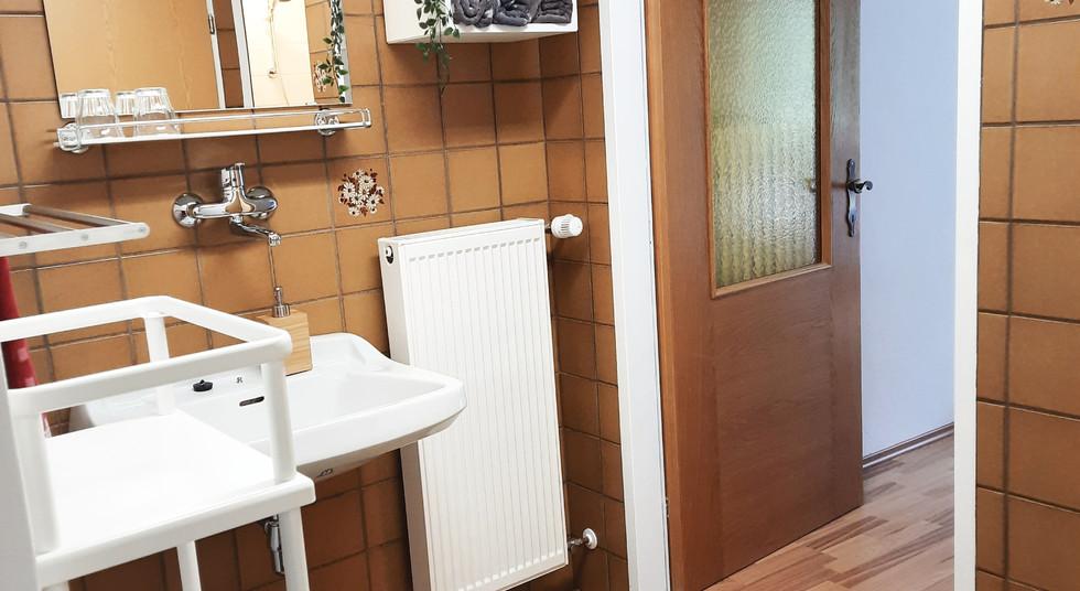 09. Badezimmer 2.jpg