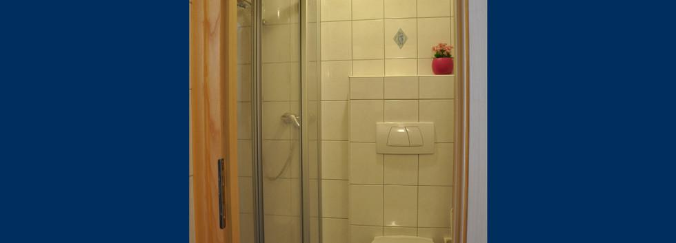 10. Badezimmer 2