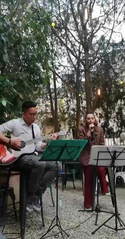 Giovedì 6 Giugno musica dal vivo con i Dual Harmony dalle 19,30 nel nostro giardino.