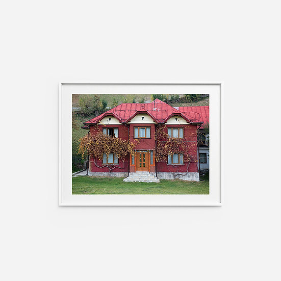 Romanian red House