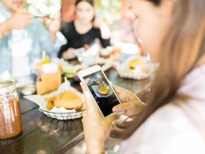 The Nutritional Information Era: Danger of Social Media Blogs vs. Evidence-Based Professional Advice