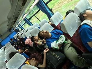 17NSJ帰路のバス(8.10).JPG