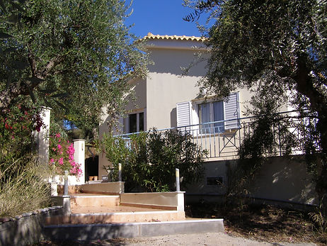 Villa Elya
