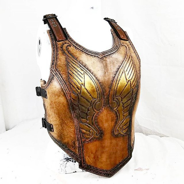 Lady armor..jpg