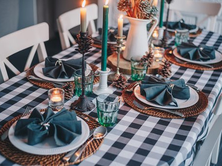 Hosting Christmas Dinner in an Affordable Way