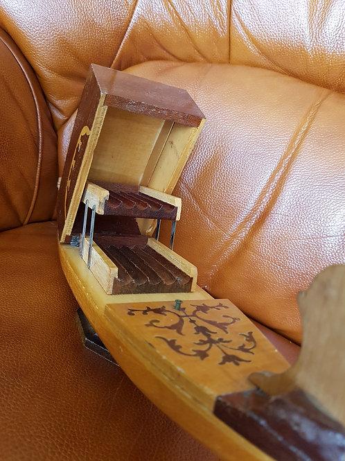 Vintage Wooden Gondola Cigarette Case