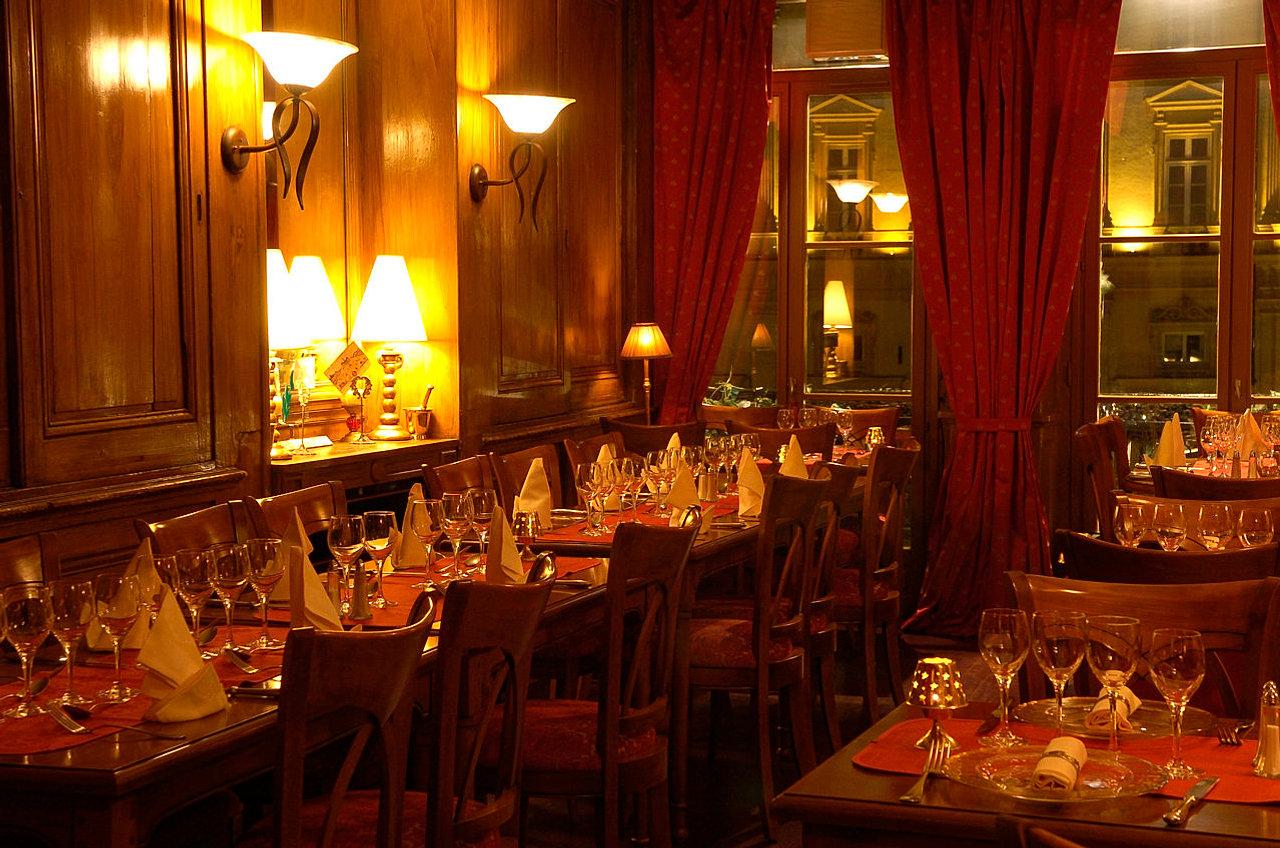 restaurant l 39 etage lyon restaurant gastronomique. Black Bedroom Furniture Sets. Home Design Ideas