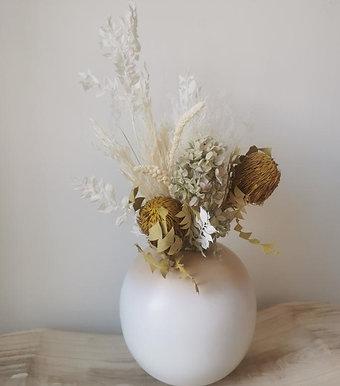 """Vase boule en bois """"Poudré"""" blanc"""
