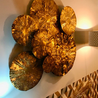 Décoration murale métal dorée