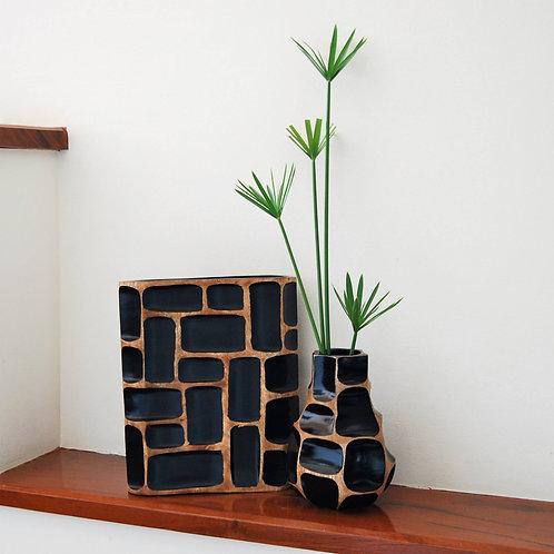 """Vase en bois de manguier """"Nid d'abeille""""noir"""