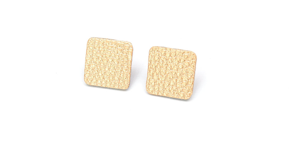 Square studs earrings
