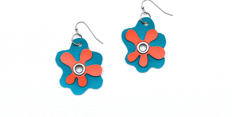 Groovy flowers earrings