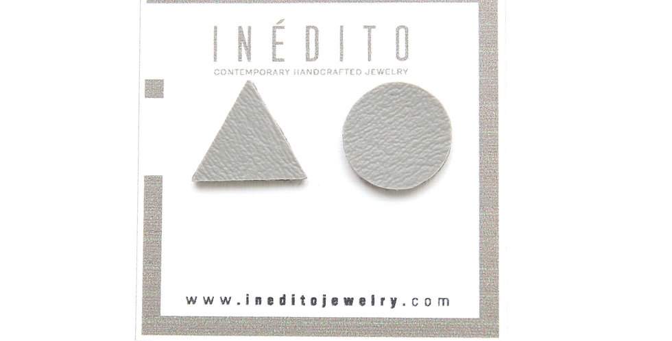 Asymmetric studs earrings