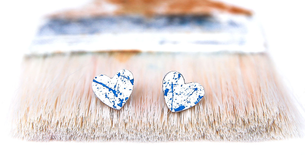 Art lover studs earrings