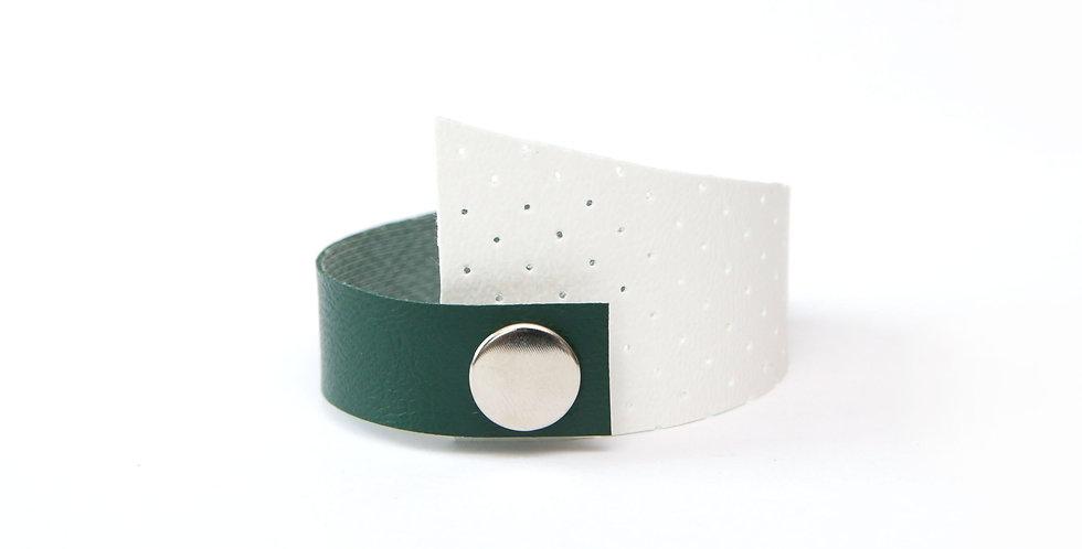 Asymmetric sleeve bracelet